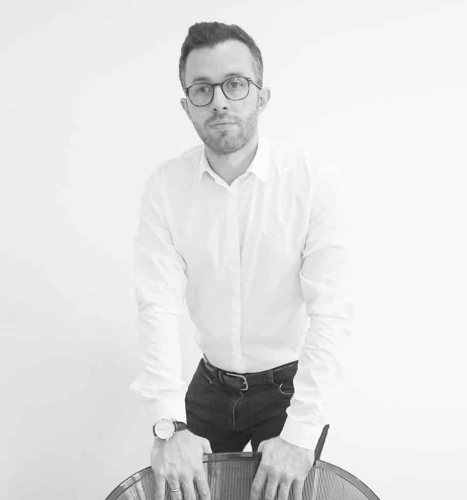 Michele Mantovani es el CEO del estudio, responsable de los proyectos de arquitectura y diseño de interiores.
