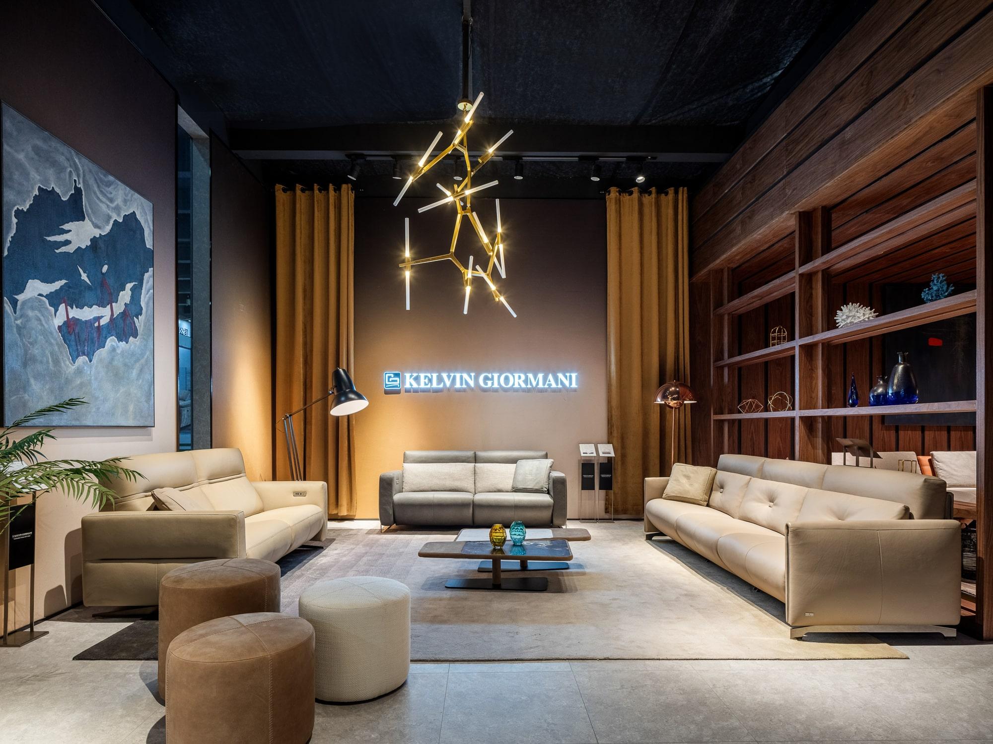 Nuestro estudio participa en la feria del mueble CIFF Furniture de Guangzhou con el diseño del stand y el catálogo de Kelvin Giormani.