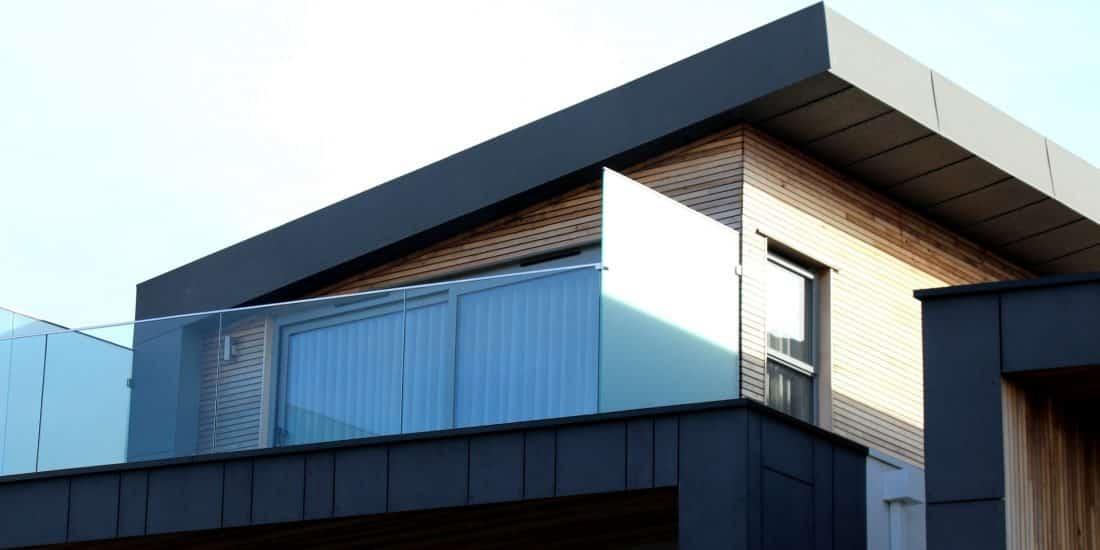 Los nuevos materiales de construcción buscan reducir la huella ambiental de los edificios.